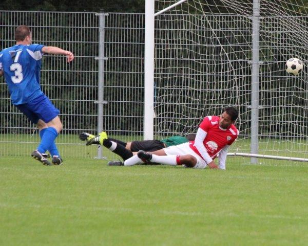 Bert Francke scoort de 1-4